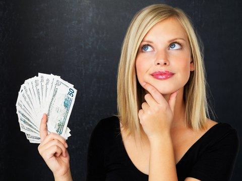 Картинки по запросу жінкам потрібні гроші png